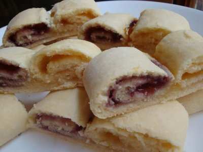 """baked jam roly poly"""